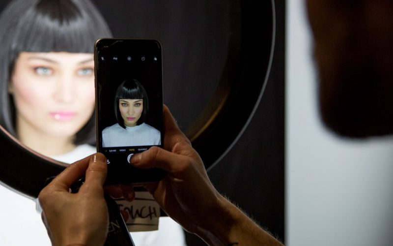Lena-Hoschek-Makeup-Berlin-Fashion-Week-Dollhouse
