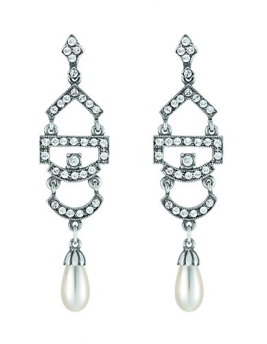 Ohrhänger mit Swarovskiperlen und Swarovskisteinen von Dorotheum Juwelier